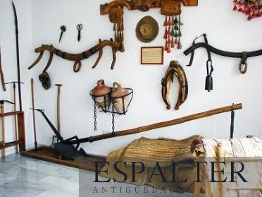 Compra venta de muebles y cuadros antiguos Álava