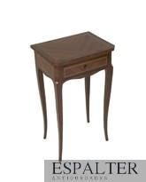 comprar muebles antiguos en Madrid